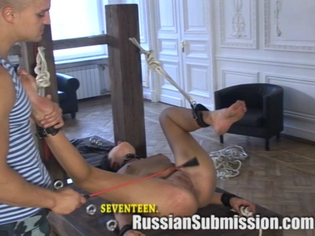 Порно наказание шлюхи ментами видео #8